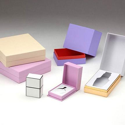 Cosmetic Packing 07